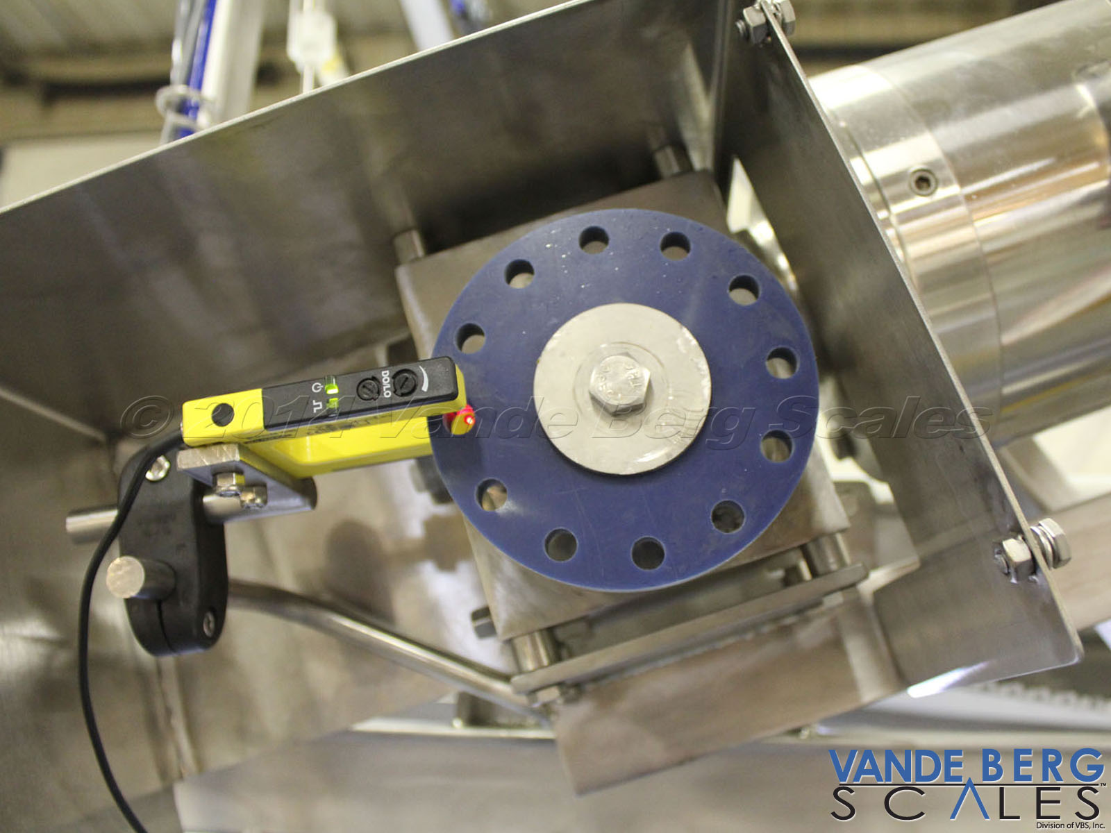Encoder permits sorting based on distance which is more accurate and reliable than time-based sorting systems.