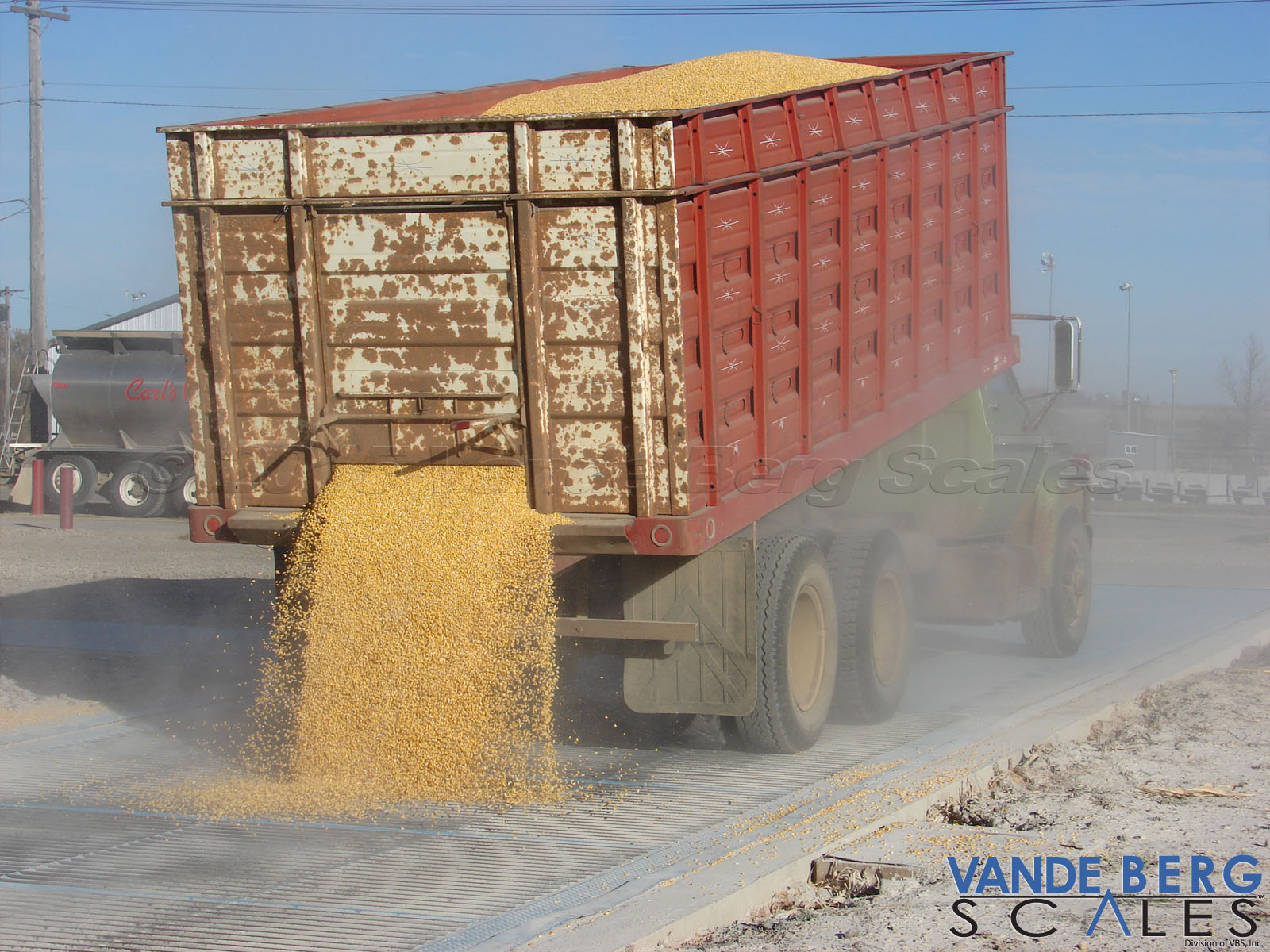 Grain dump can be integrated into the scale