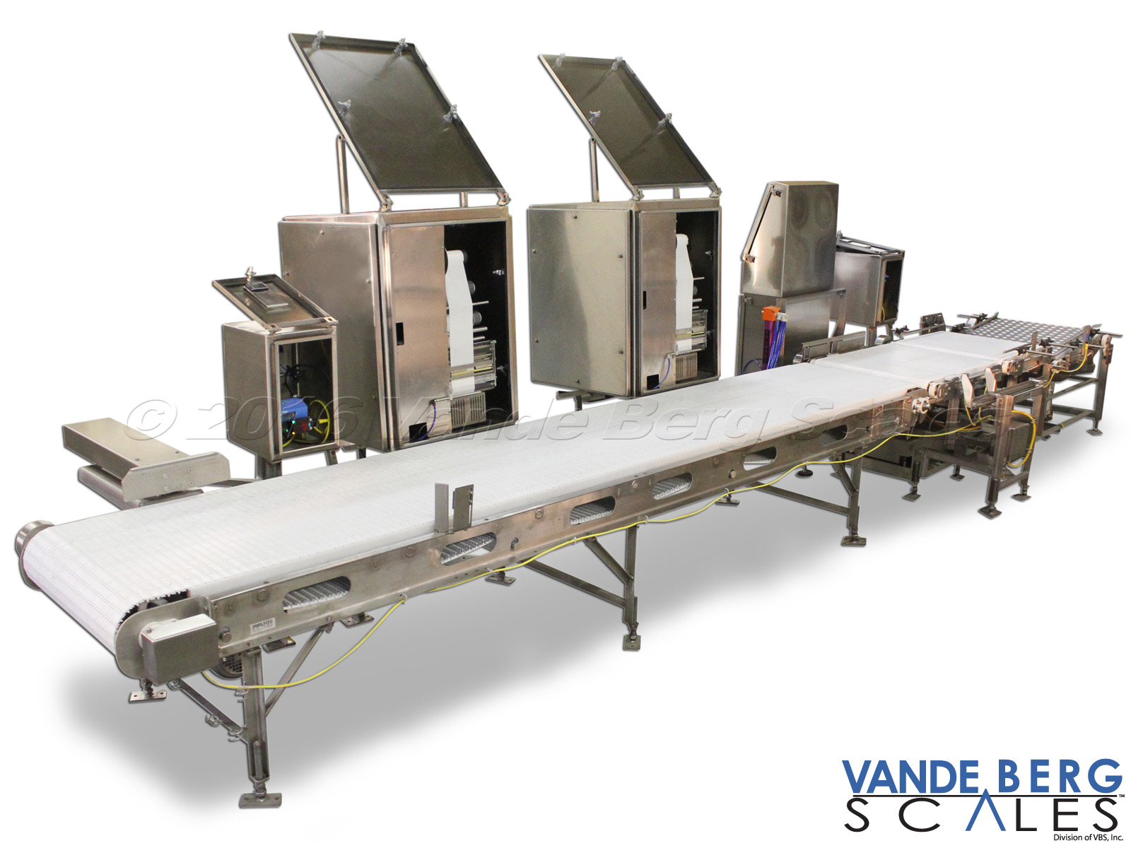 Automatic tote labeler utilizing dual washdown printer/applicators with barcode verification