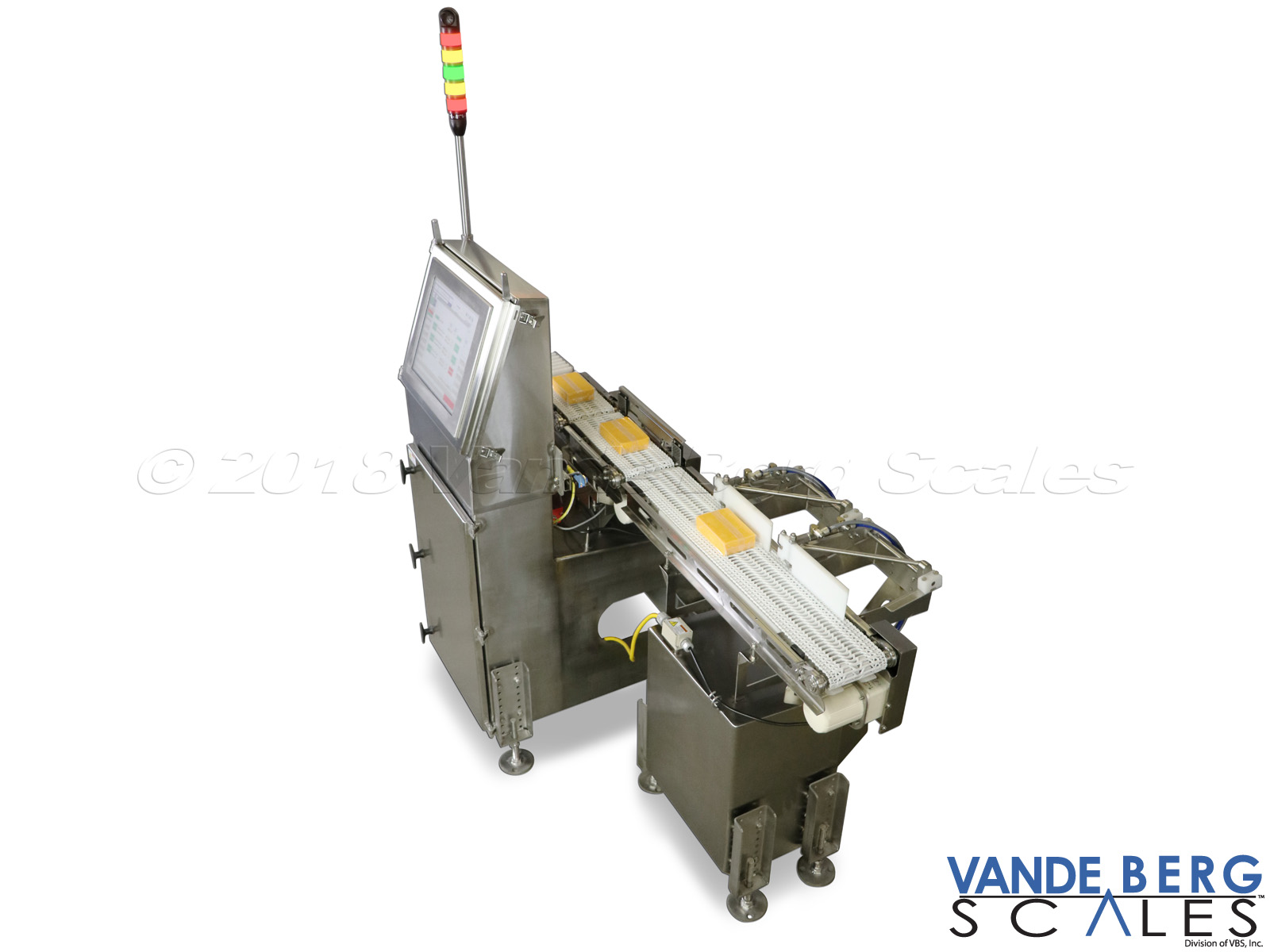 Cheese checkweigher with indicator lights and machine feedback for cutter adjustment.